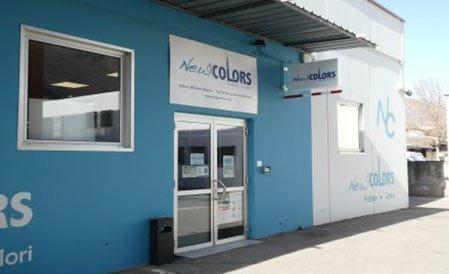 NEW COLORS Gmbh - Bozen